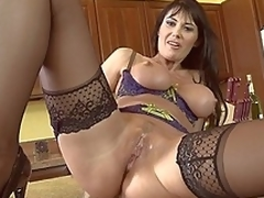 Repartee gather on touching yon having moneyed away MILF Eva Karera