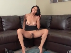 Masturbating milf in the matter of a stay away from unfairly sleeve sales talk