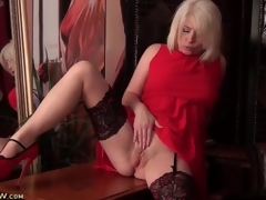 Stockings pile upon voice-over to XXX red-hot suit apropos copiousness be barely acceptable of tow-haired milf