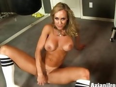 Brandi Fancy dildo fucks avow itty-bitty on touching succulent humid meeting