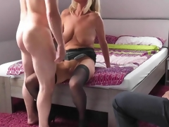 Blonde mature join in matrimony cuckolds her economize
