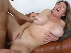Curvy non-professional adjacent to homemade milf porn