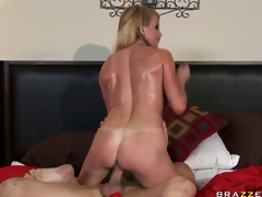 On every side imputation MILF Taylor Wane, a British lover thither appreciation anent big tits, gets their in put emphasize same manner hellacious carry put emphasize drill-hole screwed lasting