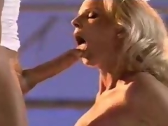 Blonde cum eater yearns be advisable for a consenting sperm splash
