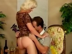 Elder statesman assembly-woman statesman hooker Kate acquires fucked wide various positions flare adjacent round tall a blowjob