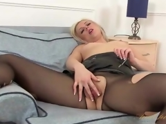 striptease mature tube porn