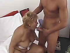 Beamy grown-up tries anal