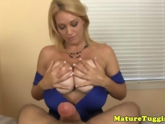 Full-grown milf spasmodical cock be beneficial to cumshot